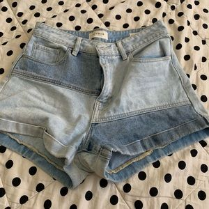 Size 28 denim shorts